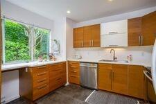 Central Lonsdale Row / Townhouse for sale:  2 bedroom 1,312 sq.ft. (Listed 2021-02-01)